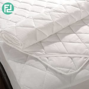Quilted washable mattress protector- 6' king size