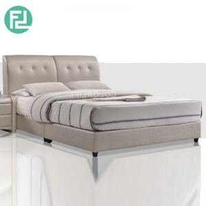 CUNEO Bed Set 6'x8' -Solid Wood and Plastic Leg