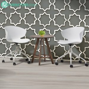 SQUESRU office chair and relaxing chair - WHITE