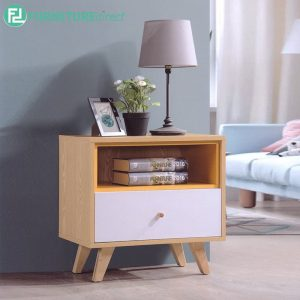 BANANA LEAF SIDE TABLE - Solid Rubberwood